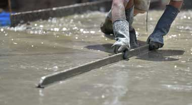 concrete-pool-deck-resurfacing